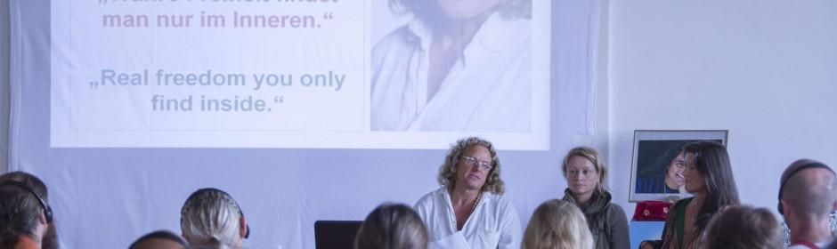Internationaer Gefängnisyoga - Workshop am 3.10.2014 mit Dieter Gurkasch, Katrin Funke und Livia Gurkasch